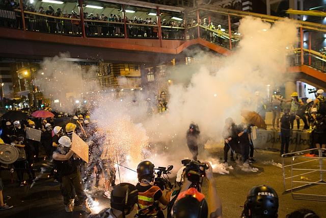 Tüntetés Hongkongban (EPA/JEROME FAVRE)
