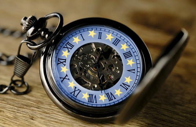 Megszületett a döntés: ekkor kell utoljára átállítani az órádat