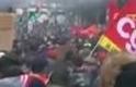 A nyugdíjreform ellen folytódott a francia gigatüntetés
