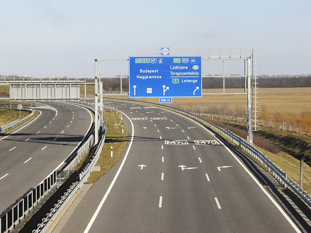 Az M7-es autópálya egy szakasza a letenyei határátkelőhely és az M7-M70-es csomópont között. Fotó: Wikipedia.org/Linathrash