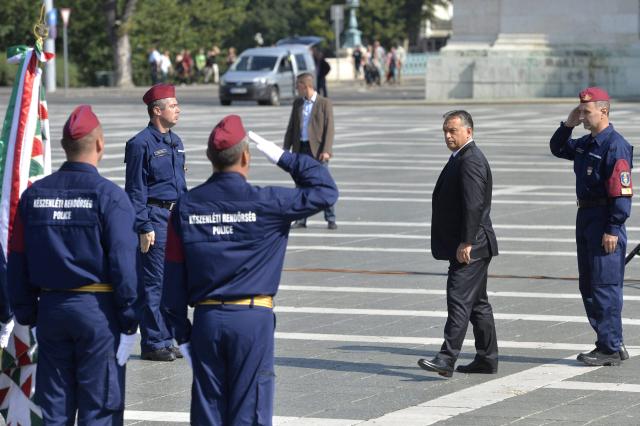 A határrendészeti igazgatóság állományába kinevezett rendőrök eskütétele. Kép forrása: MTI