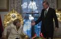 Erdogan megtiltotta a törököknek, hogy Merkelre és Schulzra szavazzanak