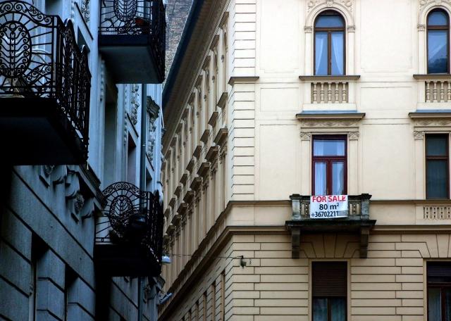 Eladó használt lakás a főváros V. kerületében. Forrás: MTVA, Jászai Csaba