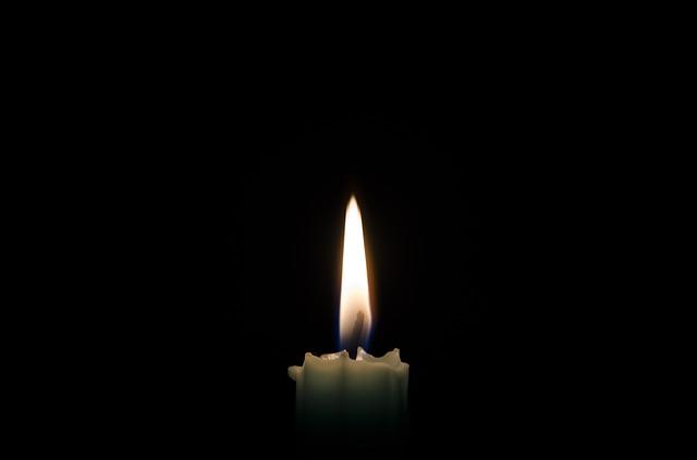 Friss hírek: A második kiképzett magyar űrhajós hosszú betegséget követően hunyt el.