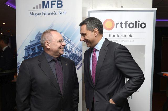 Lázár János és Spéder Zoltán egy konferencián 2015. október 1-jén.MTI Fotó: Soós Lajos