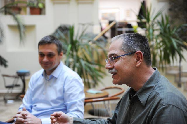 Csákay Mátyás, a MagNet Bank informatikai vezetője és Stygár László, a Számlázz.hu szolgáltatás-fejlesztési vezetője.
