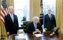 Trump nem adja fel: foggal-körömmel küzd az Obamacare ellen