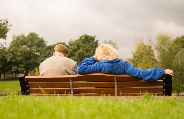 A nyugdíjak mentén is kettészakad az ország