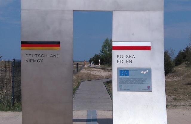 A tűzzel játszik Lengyelország: a végén még a határokat is át kell rajzolni?