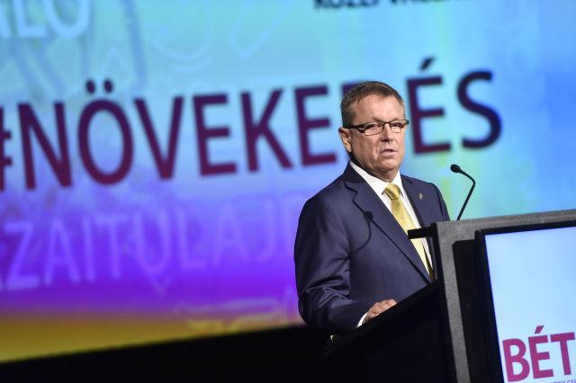 Matolcsy György, a Magyar Nemzeti Bank elnöke beszédet mond a Budapesti Értéktőzsde (BÉT) középvállalatok növekedéséről tartott rendezvényén 2017. szeptember 20-án. MTI Fotó: Máthé Zoltán