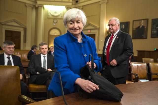 Janet Yellen utolsó sajtótájékoztatóját tartotta - februárban jár le a mandátuma, Jerome Powell követi majd a Fed élén, a világ egyik legnagyobb befolyással járó pozíciójában. (A fotó november végi szenátusi meghallgatásán készült.) Fotó: EPA / Jim Lo Scalzo