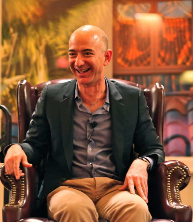 Jeff Bezos Forrás: Wikimedia Commons