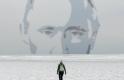 Orosz politikai gyilkosság árnya vetül a mai párizsi csúcstalálkozóra