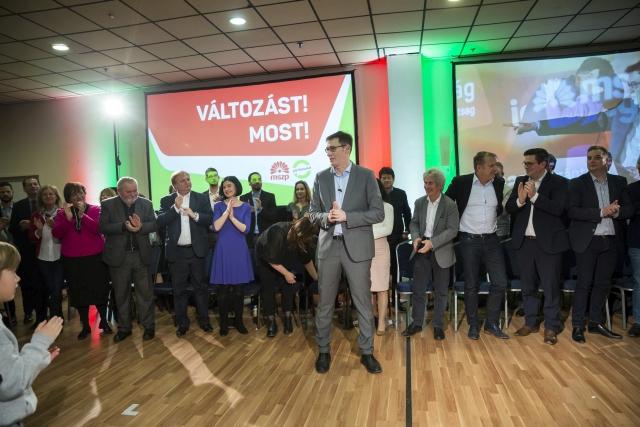Karácsony Gergely, az MSZP-Párbeszéd miniszterelnök-jelöltje (k) beszél a miniszterelnöki vállalásait ismertető rendezvényen a Lurdy Konferencia- és Rendezvényközpontban Budapesten 2018. március 3-án. MTI Fotó: Mohai Balázs