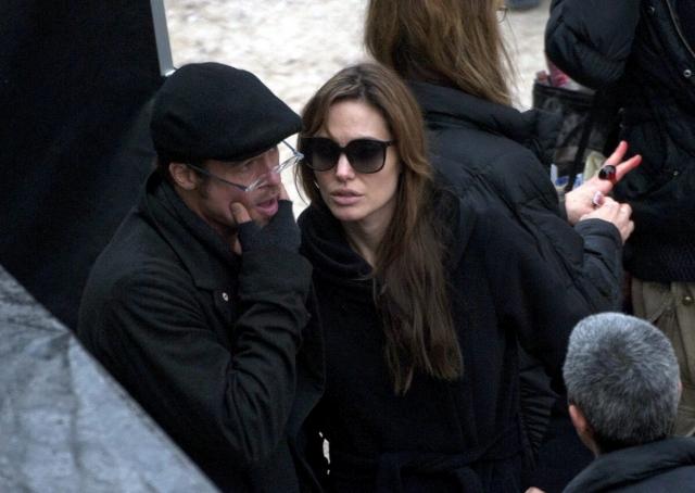 Angelina Jolie és Brad Pitt egy filmforgatáson Budapest IX. kerületében. MTI Fotó: Kallos Bea