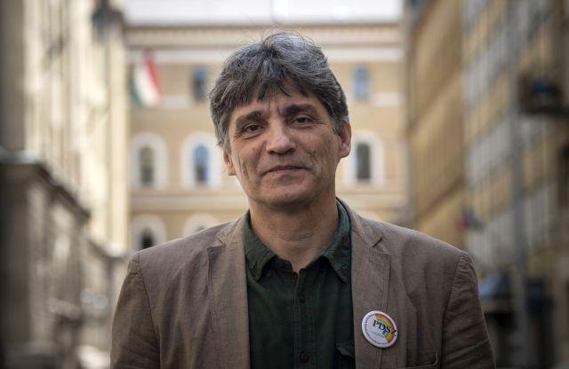 Szűcs Tamás, a Pedagógusok Demokratikus Szakszervezetének ügyvezető elnöke (MTI Fotó: Szigetváry Zsolt)