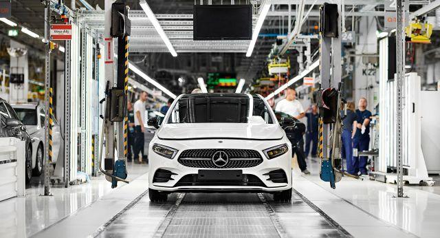 Az egymilliomodik Mercedes Kecskeméten (Fotó: Mercedes)