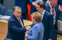 A nap képe: kancellárokkal pacsizott Orbán Viktor