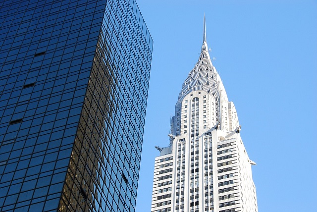Jobbra a Chrysler Building.