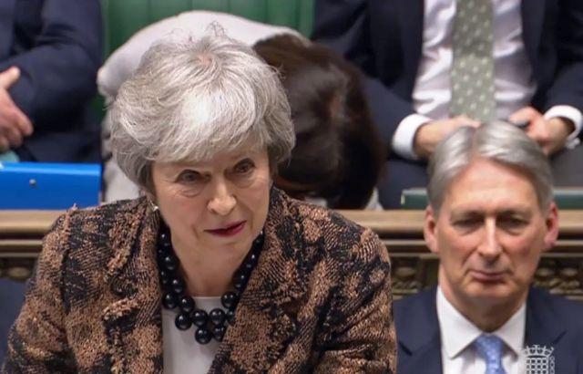 Brexit: kemény fenyegetéssel állt elő Brüsszel
