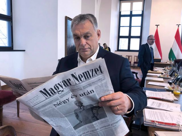 Privátbankár.hu - A nap képe  Orbán Viktor megmutatta 74893fbdd0