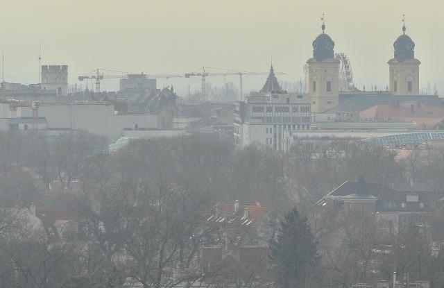 Ingatlanvásárlás és alpolgármester-választás is terítékre kerül az önkormányzati üléseken
