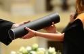 Már a magyarok harmada diplomás, de közben 22 százalékot zuhant a felsőoktatásban tanulók száma