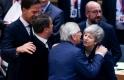 Brexit-krimi: elhalasztották a kilépést, de Brüsszel nem tárgyal többet