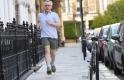 A nap képe: ez a rövidgatyás férfi lehet az új brit kormányfő