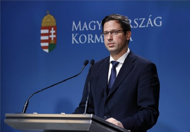 Gulyás Gergely a 2019. április 4-i Kormányinfón. (Fotó: MTI/Illyés Tibor)
