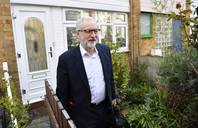 Britain's Opposition Labour Party Leader Jeremy Corbyn leaves his home in north London, Britain, 03 April 2019. Britain's Prime Minister Theresa May has indicated she will speak to Corbyn to jointly discuss the direction of the UK departing the European Union. EPA/NEIL HALL