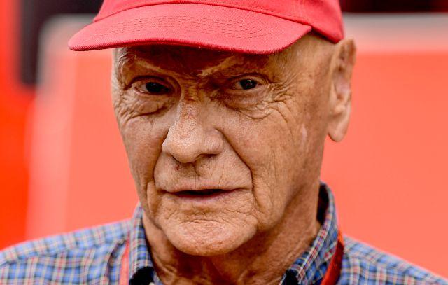 2016. július 30-án készült kép Niki Lauda háromszoros Forma-1-es világbajnokról a hockenheimi versenypályán. Lauda, aki februárban ünnepelte 70. születésnapját, 2019. május 20-án elhunyt. MTI/EPA/DPA/Wolfram Kastil