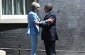 A nap képe: ilyen kosztümben még nem láttuk Theresa Mayt