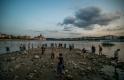 Alig van víz a Dunában: bajba kerültek a turisták