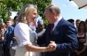 A nap képe: Putyin így táncoltatta meg a menyasszonyt