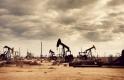 OPEC - visszafogják a termelést és emelik az árat
