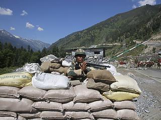 India háborús hisztériában – Kína keményen figyelmeztet