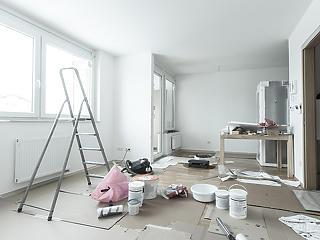 Lakásfelújítás: ha nincs önerő, beszáll az állam és kisegít a bank