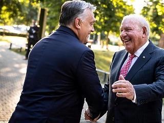 Hazatér a befolyásos nagykövet, aki tökéletes partnernek nevezte Orbán Viktort