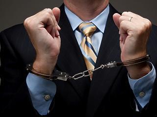 Felmentették a korrupción kapott helyettes államtitkárt