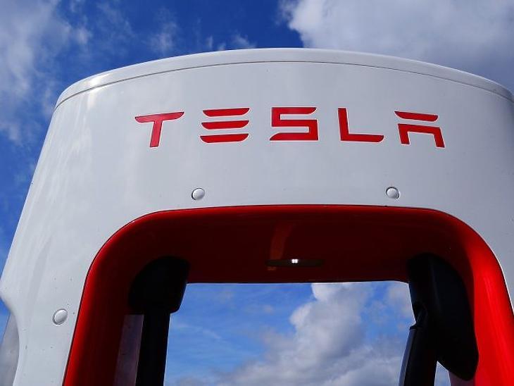 Megbízhatatlanok a Tesla-modellek?