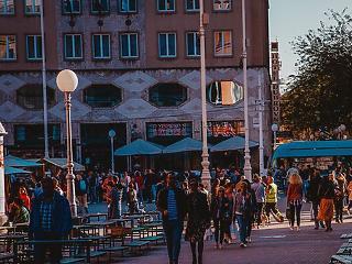 A koronavírust a fiatal bulizók járatják csúcsra Horvátországban
