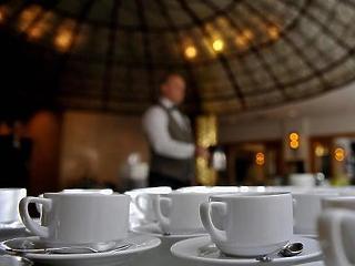 Nehéz helyzetben a vendéglátósok – többen a mai napig nem kapták meg a bértámogatást