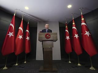 Török devizaválság küszöbén – Erdogan ezzel tereli el a figyelmet