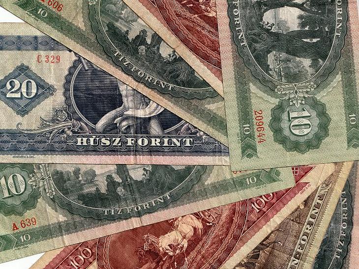 Ronda inflációs adatok jönnek sorban, csökken a bitcoin adója itthon