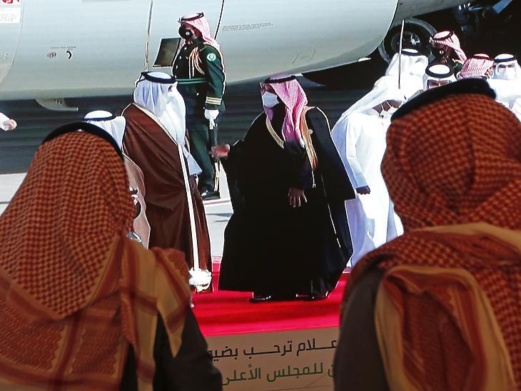 A szaúdi titkosszolgálat kritikus tárgyalásai Iránnal és Szíriával