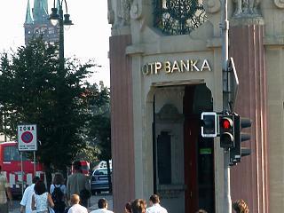 Nem áll jól az OTP a külföldiek miatt, új csúcsot ütött az arany