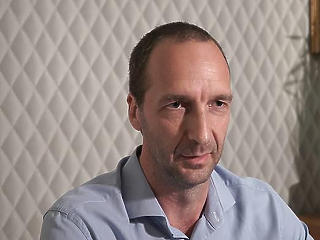 Oszkó Péter szerint az önkormányzati szájkarate helyett dolgozni kellene