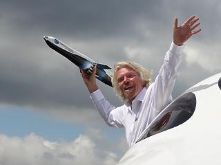 Branson kereskedelmi űrutazó cége a tőzsdén landolhat