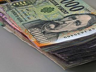 400 ezer forint közelébe ért a bruttó átlagfizetés tavaly októberben